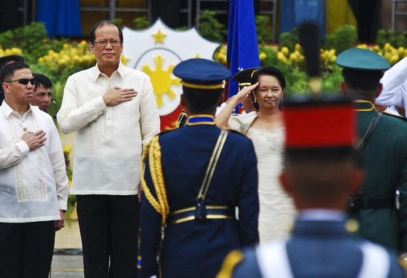 Noynoy+Aquino+Inaugurated+15th+President+Philippines+zn0R6eWCI5Sl