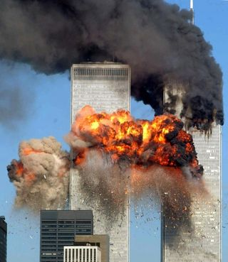9-11-01-twin-towers-09-520x600